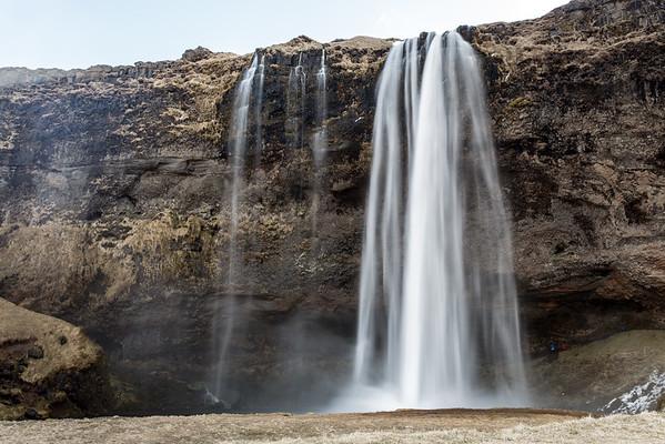 Iceland - Seljalandsfoss -2661