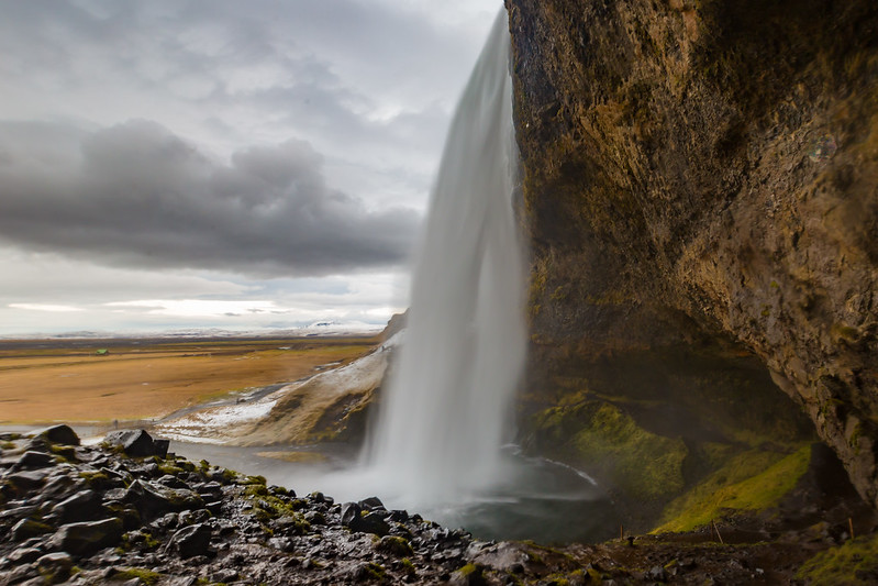 Seljalandsfoss under cloudy skies