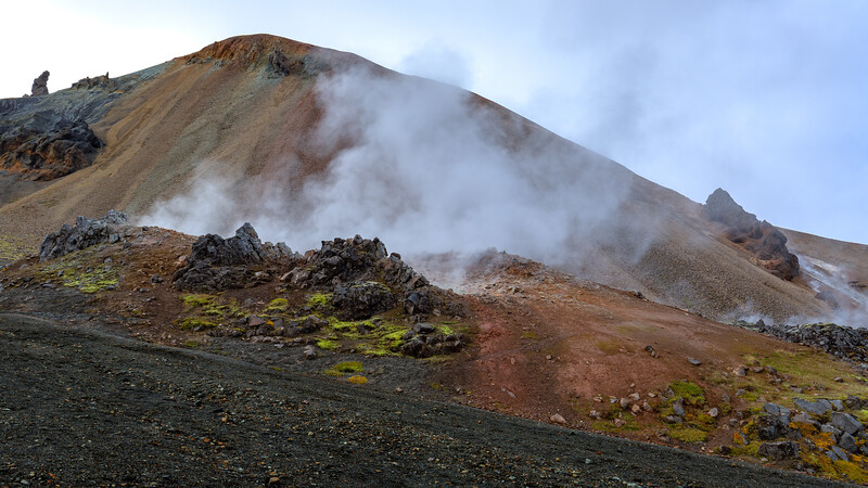Geothermal activity at the foot of the rhyolite mountain Brennisteinsalda (Landmannalaugar)