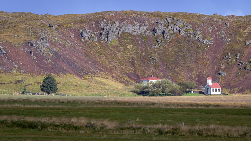 Ytri-Rauðamelur farm and church