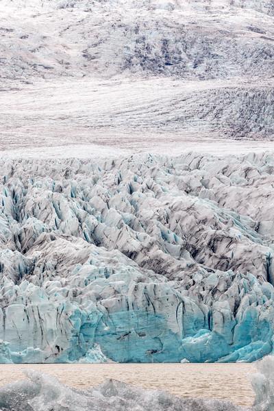 Fjallsjökull glacier tongue (at the Fjallsárlón glacial lake)