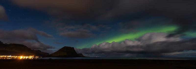 The northern lights at Grundarfjörður and Mount Kirkjufell (1)