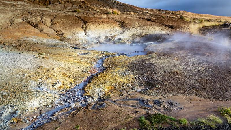 Seltún : the colourful geothermal area at Krýsuvík (1)