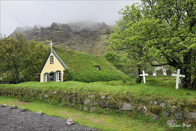 Hofskirkja - a turf church