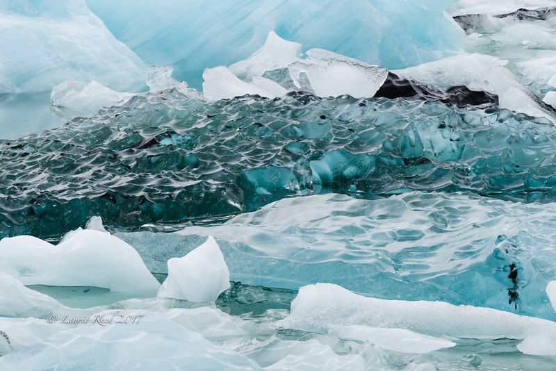 Ice shapes and colors in the Glacier Lagoon, Jökulsárlón