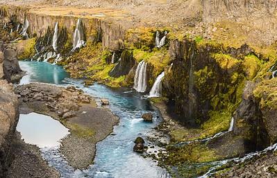 Falls on the way back to Hrauneyjar from Landmannalaugar