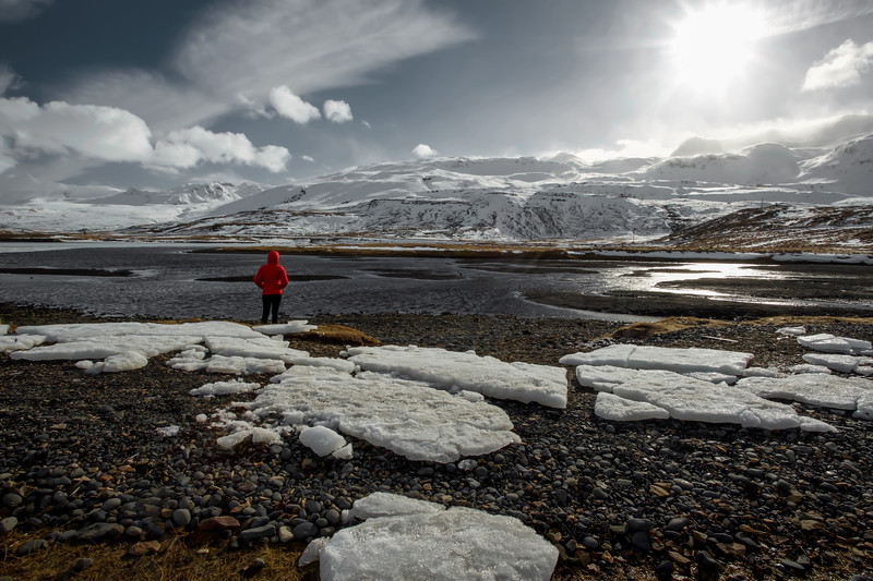 Girl With Red Jacket, Kirkjufell