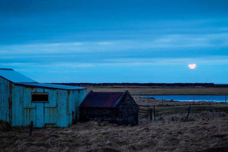 Setting Moon, Reykjanes Peninsula