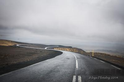 Road leaving Blafjallafolkvangur