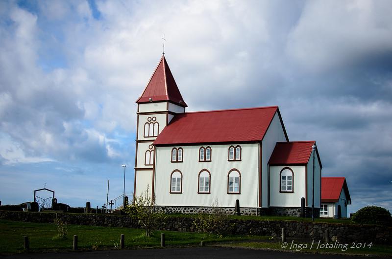 Kalfatjarnarkirkja - Lovely Church on 420