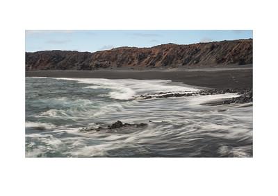 Djúpalónssandur waves
