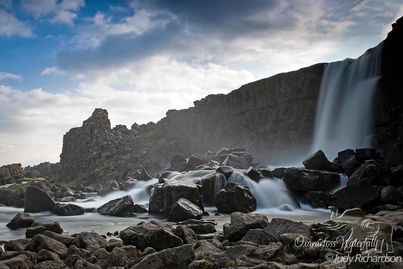 Öxarárfoss Falls in Parliament Plains (Þingvellir)