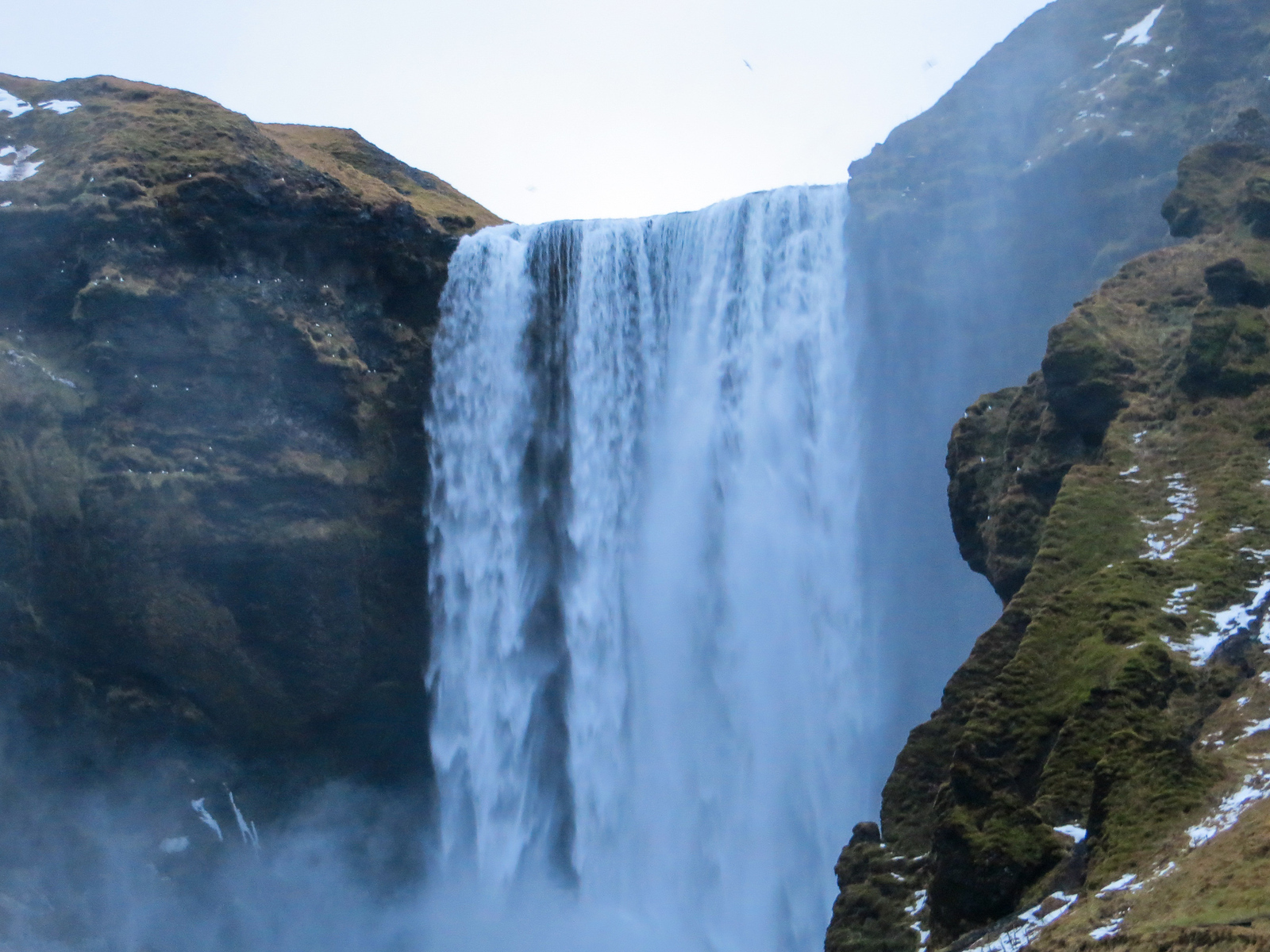 iceland solo travel itinerary needs to have waterfalls