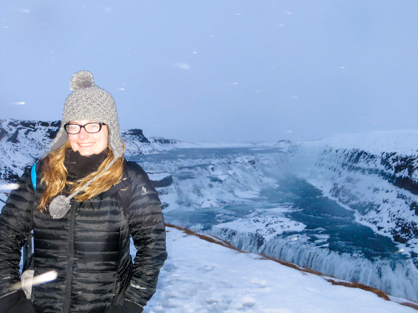 travel iceland alone? go to gullfoss falls!