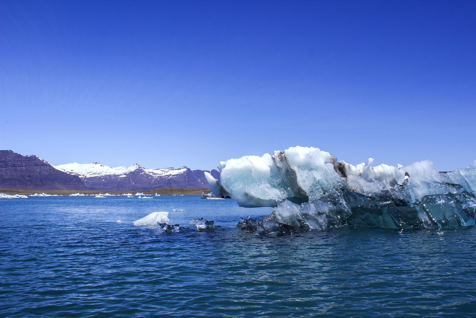 Jokulsarlon Glacier Lagoon Zodiac Boat Tour