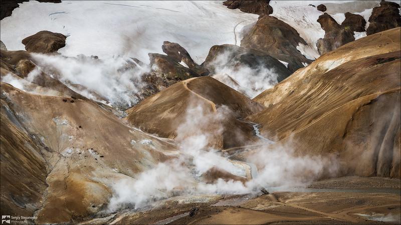 Walking through the boiling mountains | Прогулка по кипящим горам