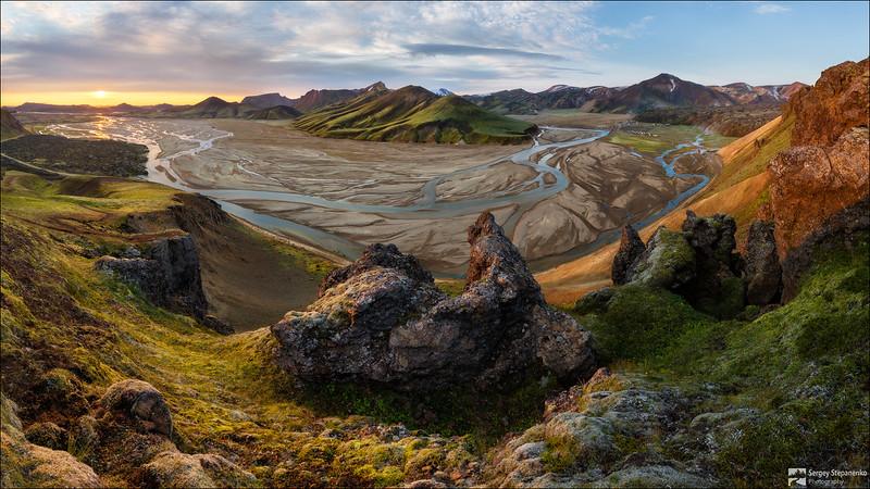 Morning on the Colored Mountains | Утро на цветных горах