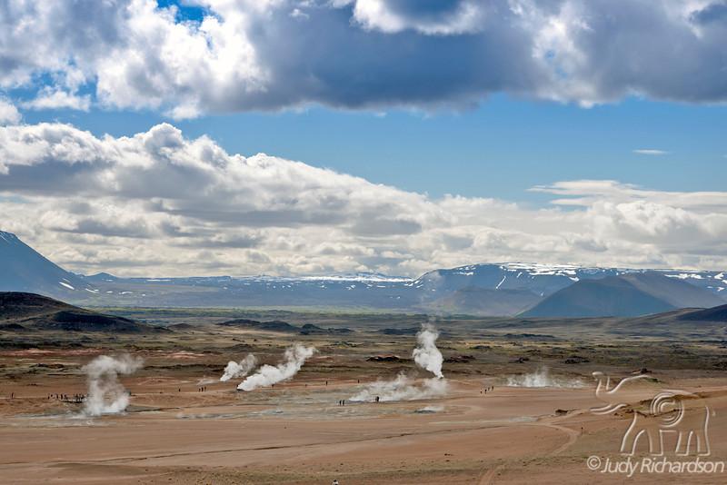 Hverarönd Scene showing fumaroles, mud pools and mud pots