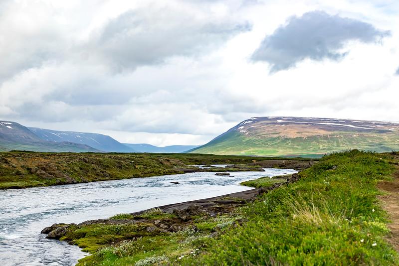The stream above the Godafoss