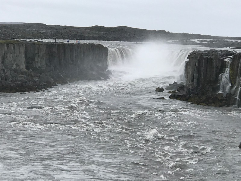 best waterfalls in iceland selfoss