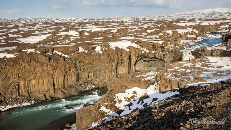 Aldeyjarfoss falls