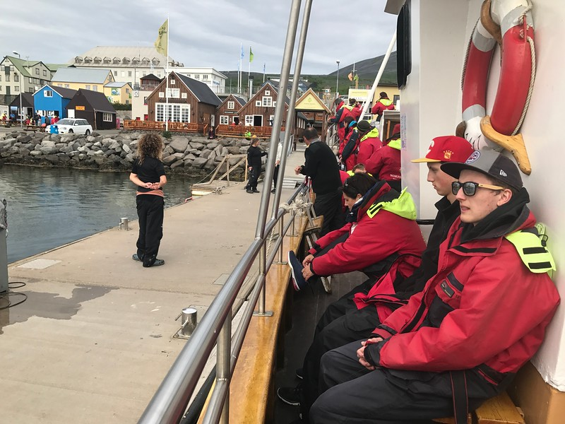 husavik north sailing