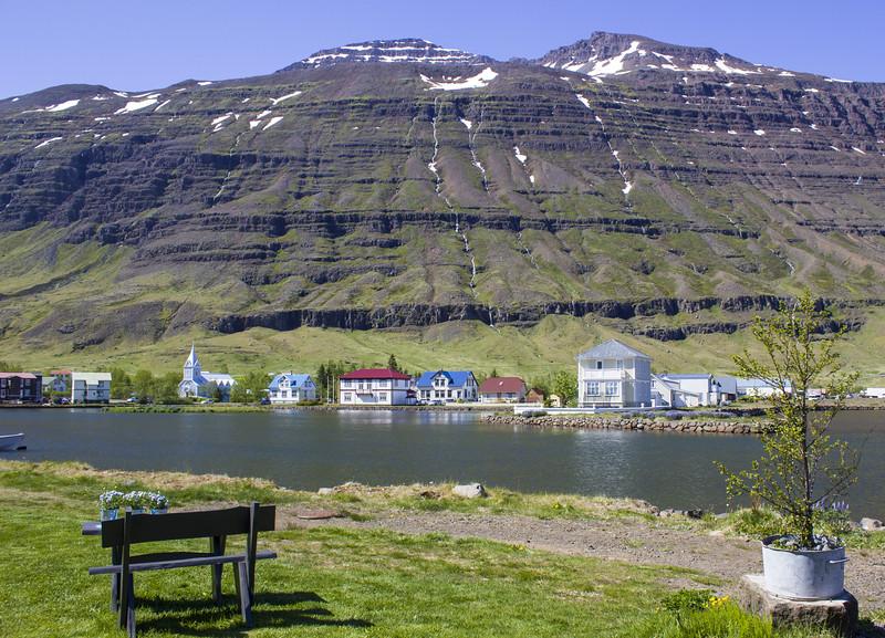 Near the Lagoon (Lon) in Seydisfjordur