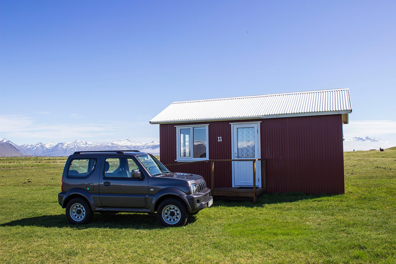 Little cottage in Iceland - Renting a car in Iceland