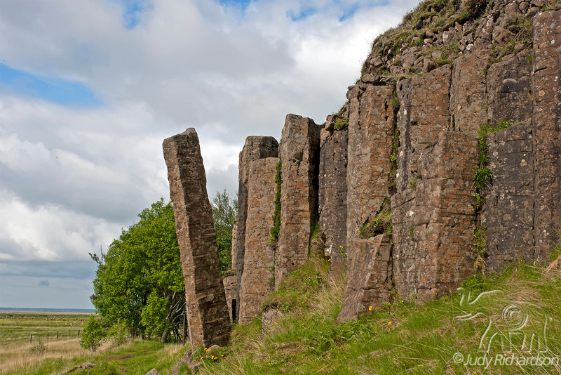 Dverghamrar basalt