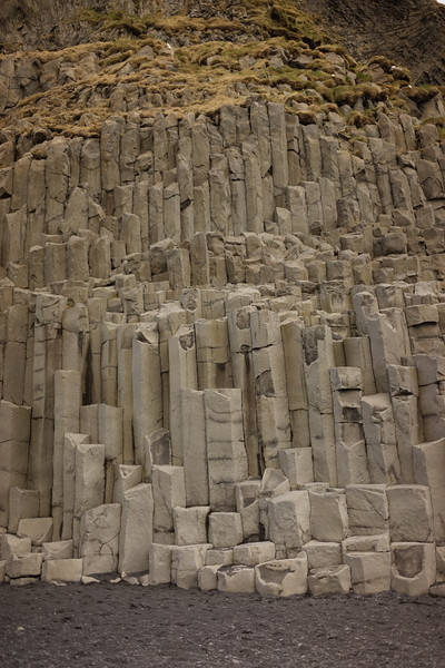 And here is that Basalt rock. Cliffs of it.