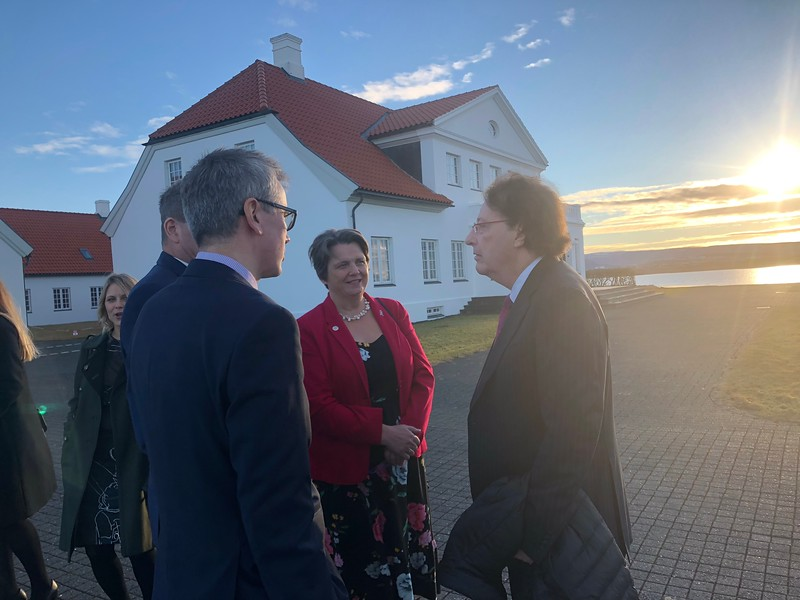 IMF Chair Brian G.M. Durie, MD, and iStopMM principal investigator Prof. Sigurdur Kristinsson chat while waiting to enter the Iceland President's Official Residence.
