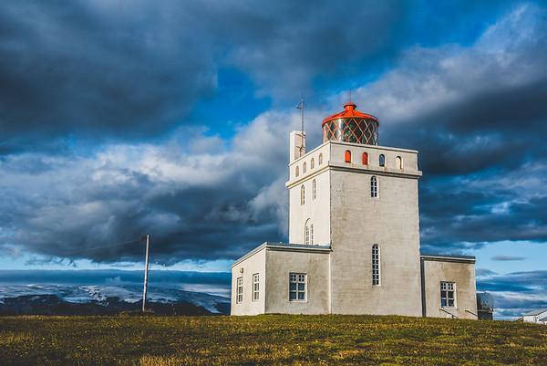 Views of the Icelandic glacier from the coast. #Iceland #Skógafoss #Latergram #28mm #NikonD750 #F22 #BeautifulIceland #EverydayIceland #Icelandi #NatgeoTravel #WildernessCulture #IcelandTravel #PhotographyTravel #GetOutside #TravelIceland #OptOutside #TravelStoke #Wanderlust #PhotographyEurope #NikonEurope