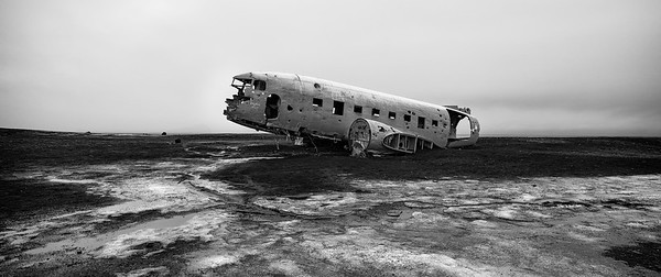 The Crashed DC 3 Plane