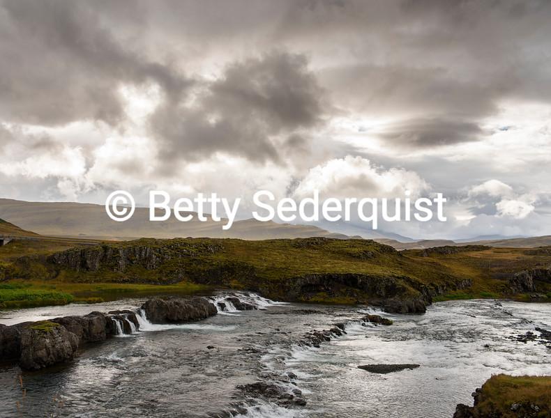 Troll Waterfall, Western Iceland