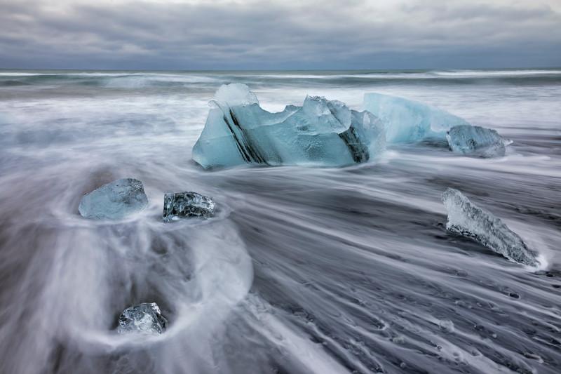 Diamond Beach Floating Icebergs 1