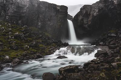 Waterfall land