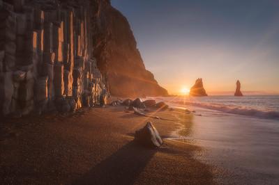 Reynisfjall in the Midnight Sun