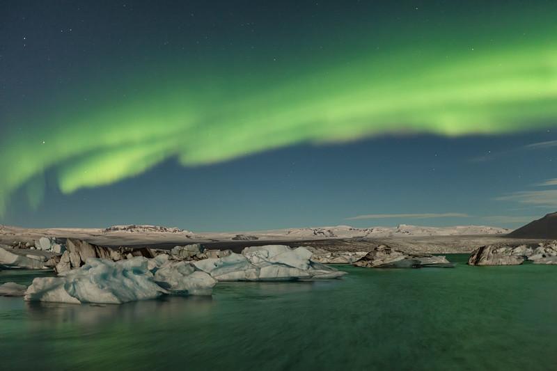 Iceland - Aurora Northern light on Jokulsarlon