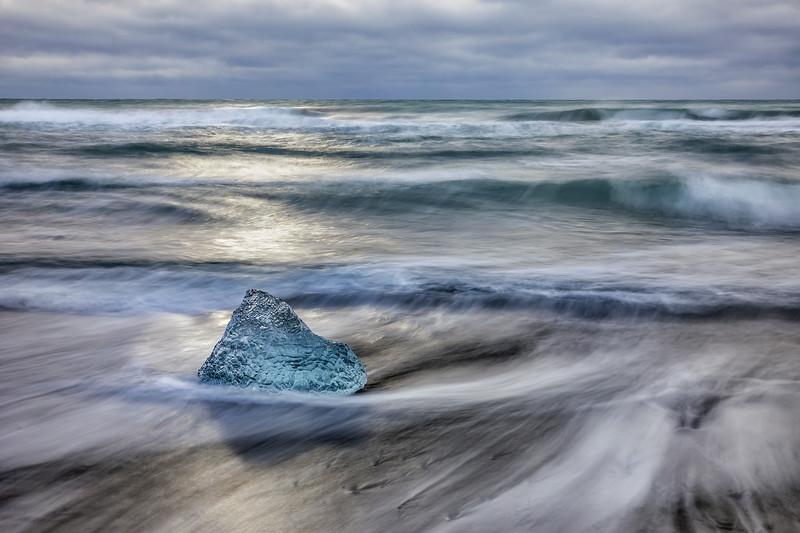 Diamond Beach Lone Iceberg
