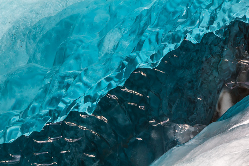 Glacier Abstract - Svinaefelsjokull, Iceland - Cosmas Liu, MD - March 2014