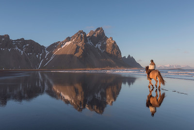 Horseriding by Vestrahorn