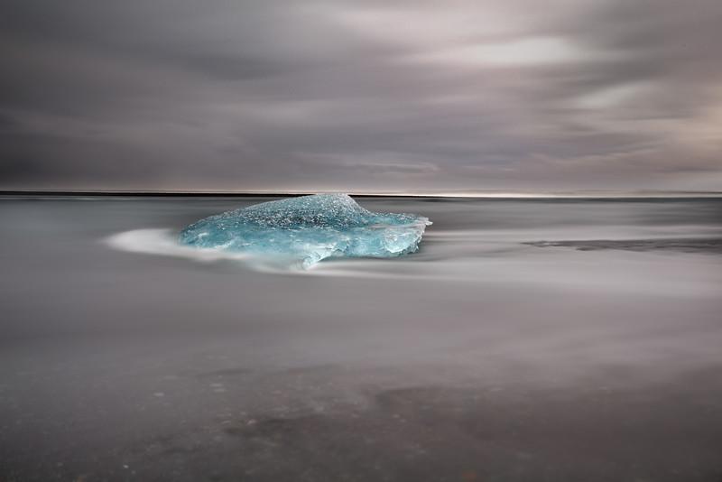 Slow motion in the ocean