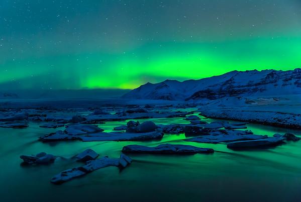 Aurora Borealis over Iceberg Lagoon
