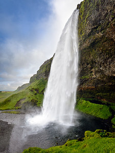 Seljalandsfoss, Suðurland - Iceland