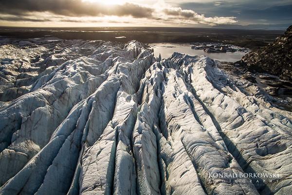 Svinefellsjokul Glacier in Skaftafell National Park, part of Vatnajokull, South Iceland.