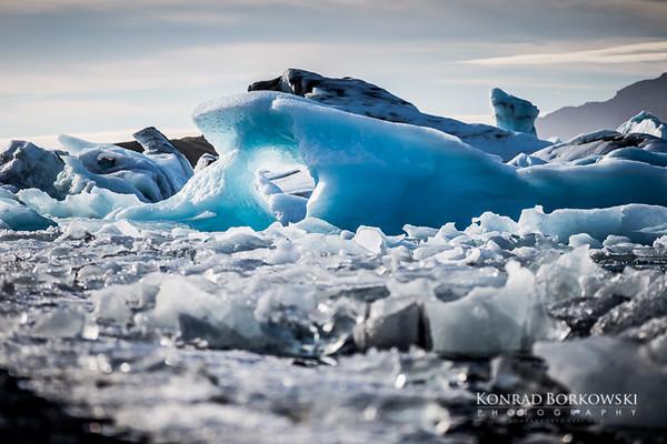 Icebergs at Jokuraslon Lagoon