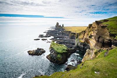 Icelandic coast - Wide-angle view
