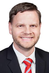 Dr Holt Headshot WEB