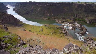 1 Distant Shoshone Falls to Pillar Falls