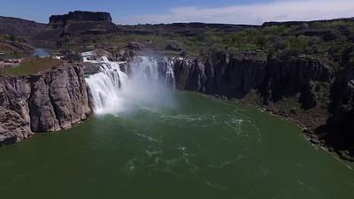 1 Approaching Shoshone Falls